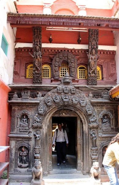 Врата в храм