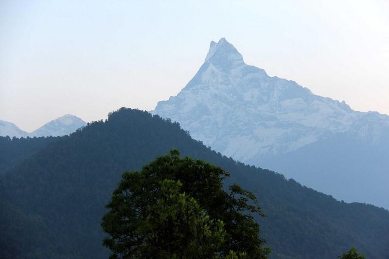 Гора Маччапучаре рано утром