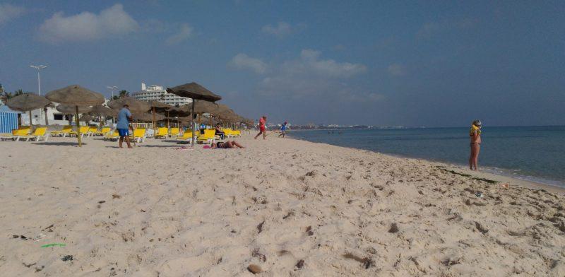 Пляж в Суссе